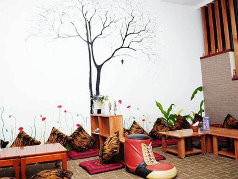 trang trí quán trà sữa ngồi bệt phong cách Nhật Bản