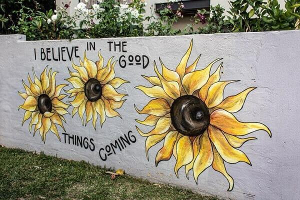 Sunflower girl vẽ tranh tường Mỹ Thuật Fly Art