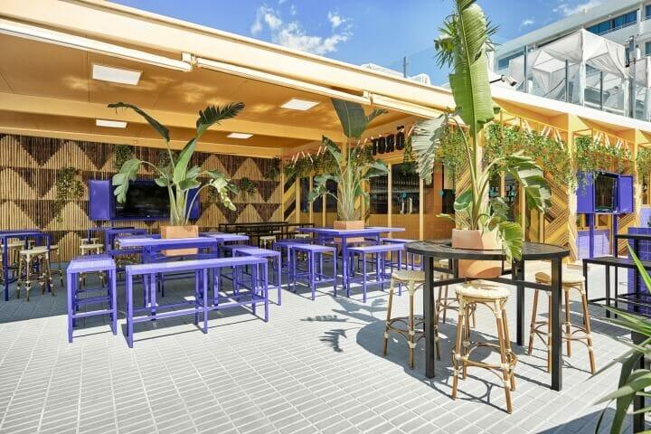 trang trí quán cafe sân thượng đẹp ấn tượng